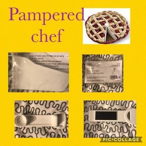 Pampered Chef new pie gate in package & opener